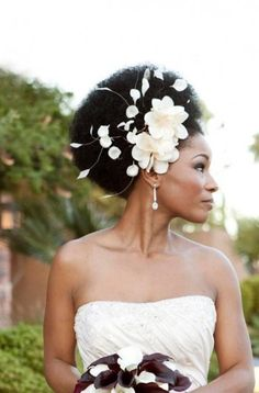 Got big hair? Get a big accessory to match and rock that aisle!