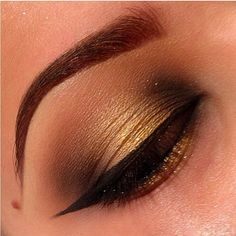 So soft and pretty! Golden smoky eyes by Amrezy using Sugarpill Goldilux eyeshadow. Perfect for a hot date night!