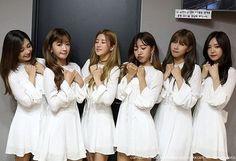 161102 | Apink Story Update - Pink Revolution Promotions BTS - #Apink #Naeun #Hayoung #Namjoo #Chorong  #Bomi #Eunji  Evening~ ☺ 20.05