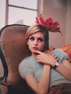 Twiggy by Bert Stern, 1967 vintage fashion style late 60s supermodel icon blue angora sweater short puff sleeves early 70s color photo print ad