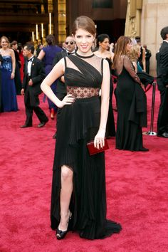 What did you think of Anna Kendrick's asymmetrical look by J. Mendel?