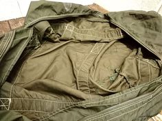 France,Airforce Paratrooper bag /フランス パラシュートバッグ (4) - 『ROOTS』Import clothing 通販 Military Jacket, Outdoor Blanket, Shopping, Field Jacket, Military Jackets