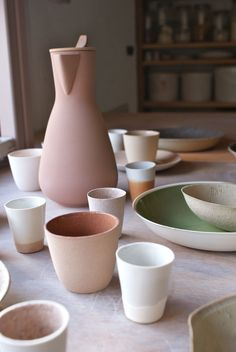 ▷ Terracotta color in the decoration. Ideas to decorate in earth tones - Decoration with ceramic tableware.