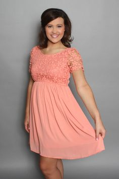 Oh So Pretty Dress: Coral