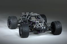 Roll Cages for the Traxxas Rustler that I really like as an open-air design. Looks awesome. Crazy Cars, Weird Cars, Traxxas Rustler, Slash 4x4, Rc Radio, Rc Cars And Trucks, Rc Vehicles, Rc Autos, Model Hobbies