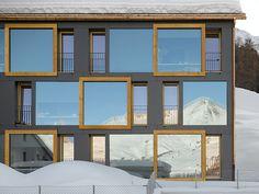 Küchel Architects - Staff housing, Silvaplana, 2010. Photos © Roger Frei.