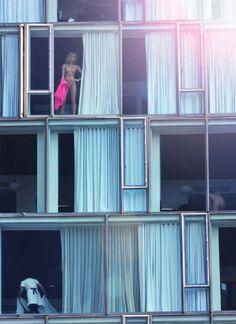 Ny hotel for voyeurs