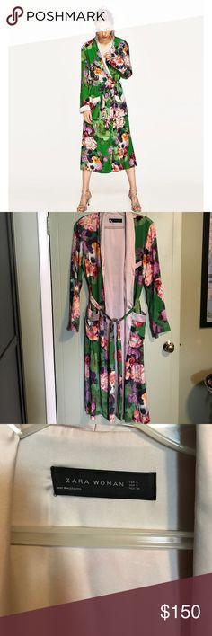 Zara kimono NWT green kimono with bright floral print. Super cute and on trend. Sold out! Size small Zara Jackets & Coats Blazers
