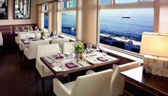 Malibu Beach Inn: The on-site Carbon Beach Club restaurant specializes in fresh, local seafood.