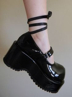 Find images and videos about black, shoes and goth on We Heart It - the app to get lost in what you love. Goth Shoes, Swag Shoes, Shoes Heels, Aesthetic Shoes, Aesthetic Clothes, Steampunk Lolita, Estilo Lolita, Grunge Goth, Pretty Shoes