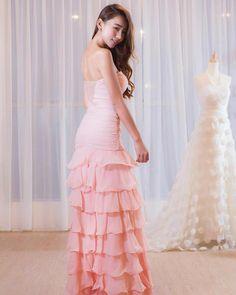 3,153 Sukaan, 13 Komen - Brandy Lim 林詩枝 (@brandy333nat) pada Instagram Strapless Dress Formal, Formal Dresses, Wedding Dresses, Beauty Girls, One Shoulder Wedding Dress, Instagram, Fashion, Party, Gowns
