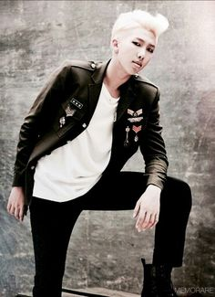 RapMon ~~http://mama.interest.me/2014mama/ranking VOTE FOR THE 2014 MAMA AWARDS!
