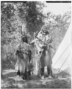 Brings Down the Sun and his Wife. Siksika Indians, Montana. Са. 1905. Walter McClintock papers. Yale University Library.