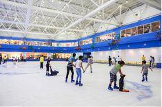 Sân trượt băng tại Royal City tuyển sinh lớp học mới
