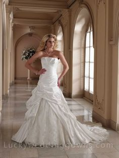 Two-piece+Luxurious+Wedding+Dress+with+Beaded+Lace+Underskirt