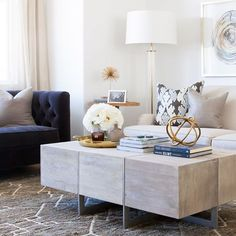 Alice Lane Home Collection | Solameer Townhome | Navy tufted loveseat in living room