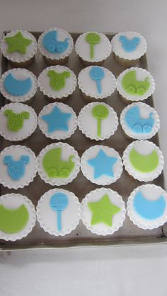 Baptism CupCakes Baby Shower Cupcakes For Boy, Christening Cupcakes, Baby Cupcake, Maxime, Pastries, Shower Ideas, Cookies, Baking, Party