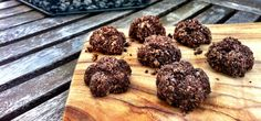 Raw Cacao Fudge Bites easter recipes, cacao fudg, healthi sweet, fudg bite, food processor, healthy desserts, mini sweets, healthy treats, raw cacao