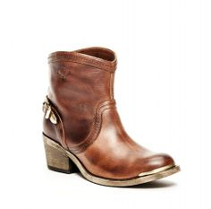WESTERN ANKLE BUCKLE   Fall / Winter 11   only2me PT