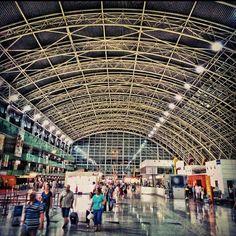 İzmir Adnan Menderes Havalimanı (ADB) (İzmir Adnan Menderes Havalimanı)