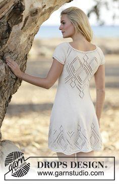 """Strikket DROPS kjole i """"Muskat"""" eller """"Belle"""" med hulmønster og raglan. Strikket ovenfra og ned. Str S - XXXL ~ DROPS Design"""