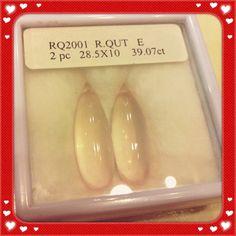Rose quartz, smooth briolette, 28.5 x 10mm, 39.07 carats.  Priced at $288.