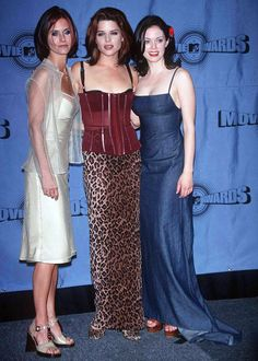 Courtney Cox, Neve Campbell, & Rose McGowan at the 1997 MTV VMAs