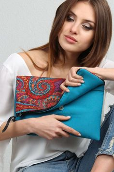 Online Alışveriş Sitesi, Türkiye'nin Trend Yolu | Trendyol Handmade Handbags, Handmade Bags, Embroidery Bags, Indian Embroidery, Diy Bags Purses, Jute Bags, Boho Bags, Linen Bag, Fabric Bags