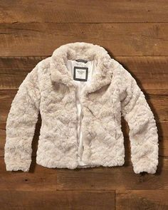 For Her: Faux Fur Jacket @Abercrombie & Fitch