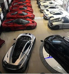 Ferrari 458, Lamborghini, Porsche, Audi, Car Throttle, Car Memes, Mclaren P1, Koenigsegg, Aston Martin