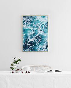 Tyylikäs juliste jossa on valokuva merestä