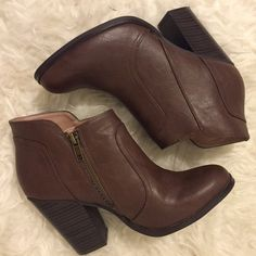 Women's Size 7.5 Brown American Eagle Booties Size 7.5 American Eagle booties. Worn once, very good condition. Versatile and easy to pair with anything. American Eagle Outfitters Shoes Ankle Boots & Booties
