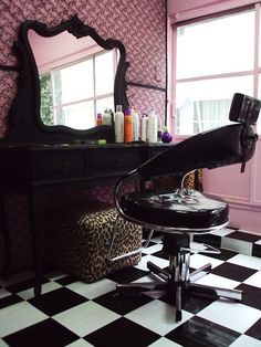 If I was a hairdresser, this is how my workplace would look like