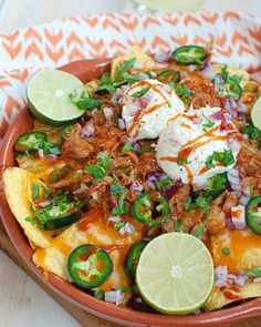 Chicken Nachos, Good Food, Yummy Food, Pulled Chicken, Mexican Food Recipes, Ethnic Recipes, Bbq Party, Slow Cooker, Chicken Recipes