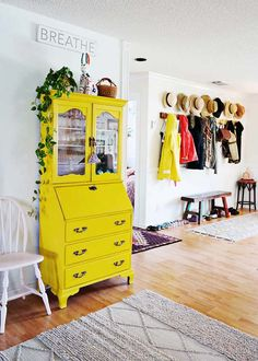 Think Yellow | 25 Beautiful Furniture Makeovers - Salvaged Inspirations Yellow Painting, Diy Painting, Yellow Painted Furniture, Colorful Furniture, Accent Furniture, Living Room Furniture, Home Furniture, Colorful Interior Design, Colorful Interiors