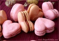 Pink Wedding Ideas. Heart shaped Macaroons  - pink wedding