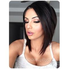 Angled Bob Cut for Just Below the Shoulder Length Hair - 17 Irresistible Medium Bob Hairstyles for 2015 – Medium Hairstyles & Cuts Inverted Bob Hairstyles, Medium Bob Hairstyles, Straight Hairstyles, Hairstyles 2016, Wedding Hairstyles, Funky Bob Hairstyles, Medium Short Haircuts, Celebrity Hairstyles, Medium Hair Styles