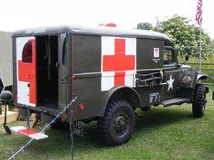 Ambulance: Dodge 570UXF