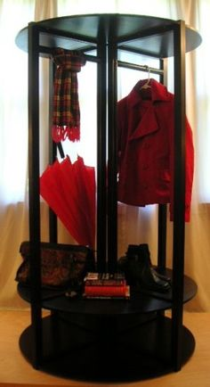 Set up an instant retail display, without tools. The patented design-divide system. design-divide.com