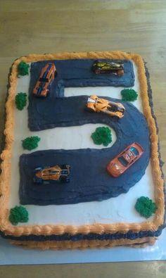 Jordan's racecar cake