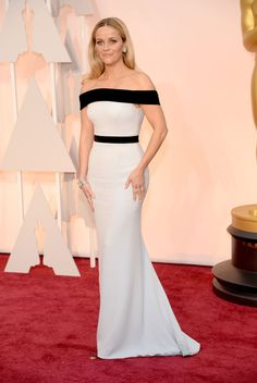 Reese Witherspoon in Tom Ford at 2015 Oscars