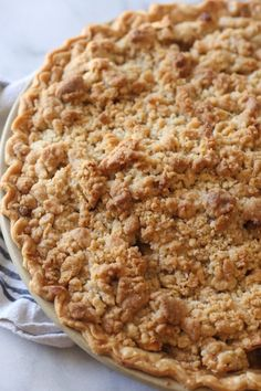 The Best Dutch Apple Pie Ever! The Best Dutch Apple Pie Ever! Dutch Apple Pie is everything I love in an apple pie recipe AND MORE! And by more, I mean a thick layer of buttery crumb topping instead of pie crust. This is a delicious spin on a classic! Easy Pie Recipes, Apple Pie Recipes, Apple Desserts, Dessert Recipes, Apple Pie Recipe With Crumb Topping, Apple Walnut Pie Recipe, Easy Apple Pie Recipe, Pie Crumble Topping, Classic Apple Pie Recipe