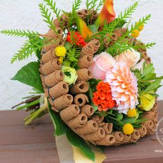 European Signature bouquet with a cork frame and seasonal flowers