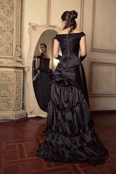 Black Victorian Bustle Dress 1880s Ball by FiorentinaCostuming