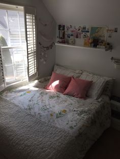 """blossomcrowns: """"My lovely little room additions ✨ """""""