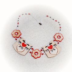 The Perfect Valentines Day Gift :) - Hearts Bridge Necklace