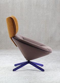 Nadadora models Tortuga chair for Sancal on tortoise shell