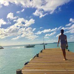 Aruba views with @emmeliedelacruz. // Travel Well #TravelFly!