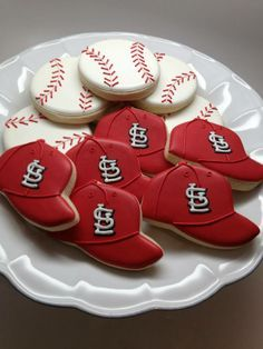 baseball cookies. Teresa, love the baseballs for your boys!