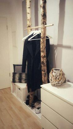 Garderobe aus Birkenstamm Wardrobe made of birch trunk Closet Bedroom, Bedroom Decor, Bedroom Small, Bedroom Modern, Design Bedroom, Bedroom Ideas, Home And Living, Room Inspiration, Office Decor